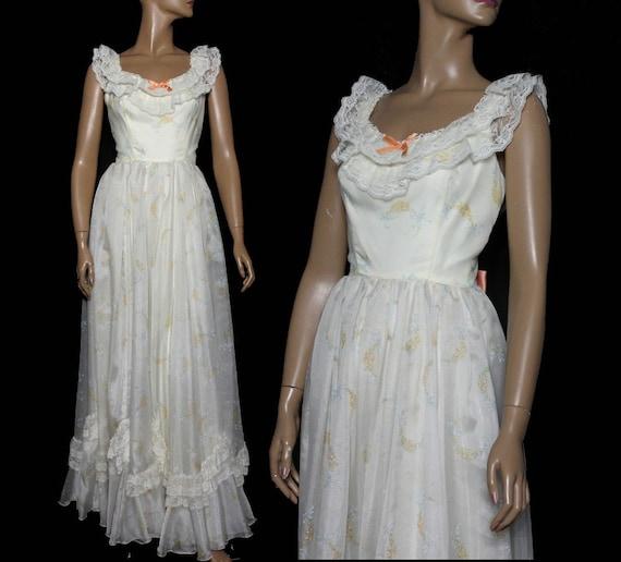 Vintage 1970s Dress - Formal Gown - Maxi Dress - W