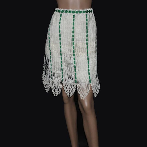 Vintage 1950s Apron// Crotched//Green//White// Ent