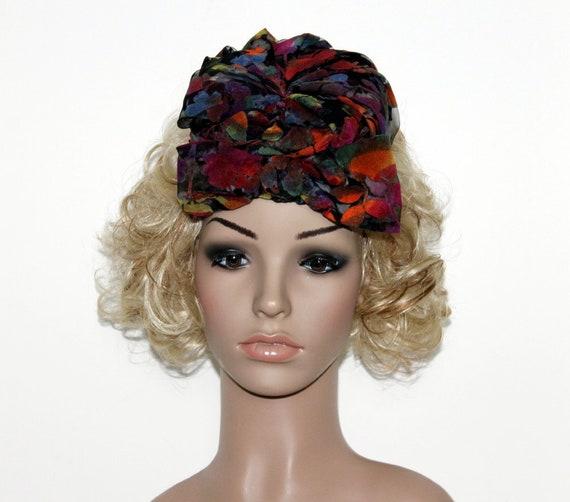 Vintage 1940s Hat// Fascinator// Designer// Nylon