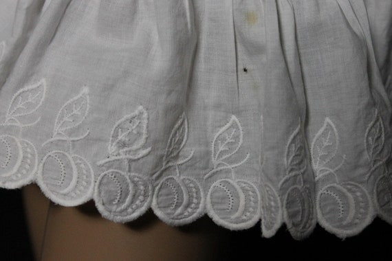 Vintage 1800's Bloomers// White//Embroidered //Op… - image 4