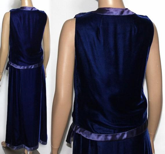 Vintage 1930s 1940s Blue Velvet Vouge Gown - image 3