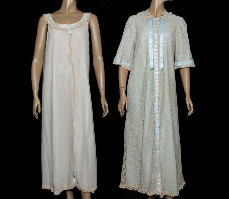 70156d74ed Vintage 1950s Peignoir Set   Gown with Matching Robe   Lace
