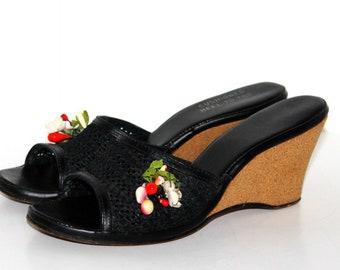 Vintage 1940s Shoes// Wedgies// Black// Hollywood Pinup Girl// Fruit Wedgies// Art Deco// Bombshell//40s Black Wedgies