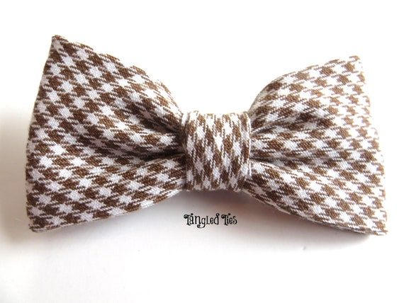 fb2374402e0a Preppy Tiny Houndstooth Wet Sand and White Bow Tie For Boys | Etsy