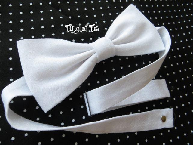 White Bow Tie, White Wedding Bow Tie, White Pretied Bow Tie White Self Tie Bow Tie