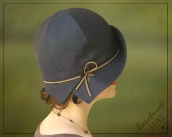 """HAT - Annick - Size 21"""" - 1920s Cloche Hat - Navy Blue Linen"""