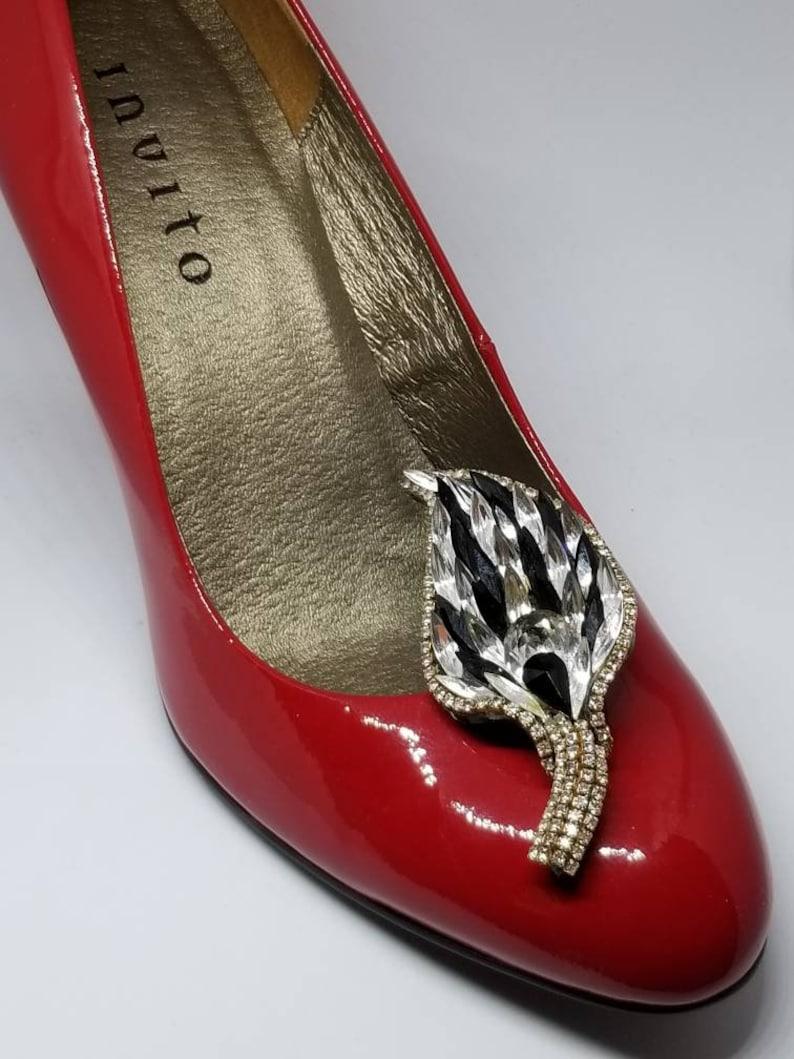 Shoes #vintage #rhinestone #60s #formal #leaf #clipon #tribe #livefolk #artdeco #boho #wedding #bride #altbride #bling #50s #deco #shoeclips