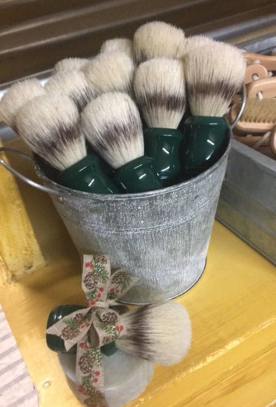 NATURAL SHAVING BRUSH {Boar Bristles & Plastic Handle}
