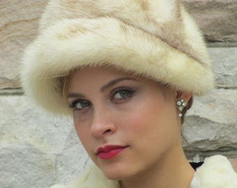1950s 1960s Blonde Palomino (?) Cross Mink Hat - Miss Alice for Lord & Taylor