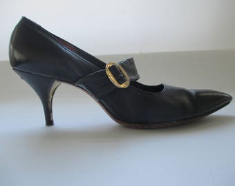 c0fdf0f7b9f5 1920s Style Navy Pointy Toed Flapper Pumps Shoes Heels size 6 ( )