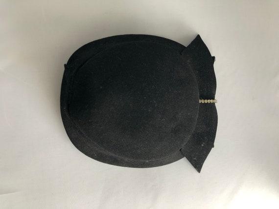 1940s 1950s Black Hat Fascinator with Rhinestones - image 5