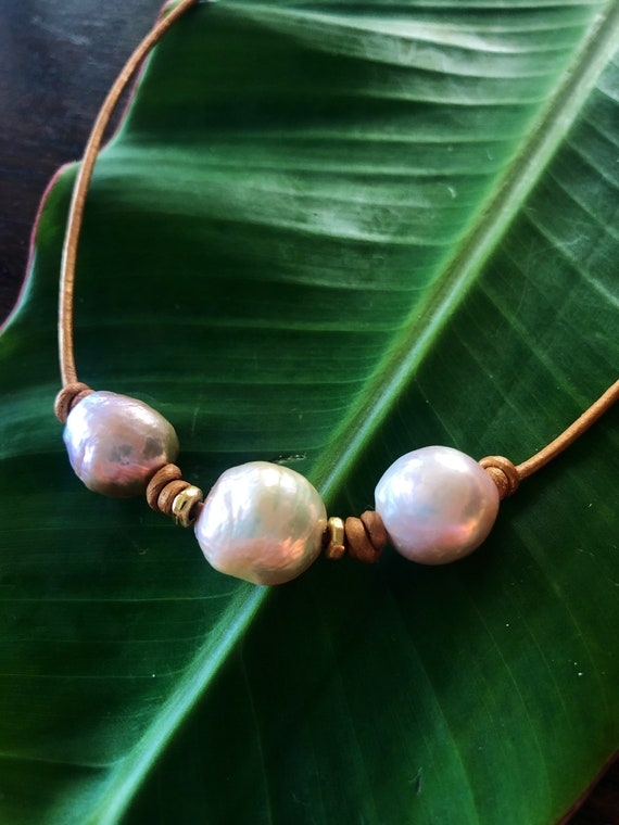Triple Edison Pearl Knotted Leather Choker Necklace