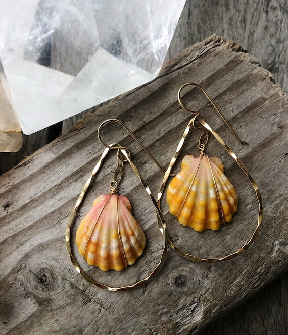 Hawaii Sunrise Shell Hammered Tear Drop Gold Hoop Earrings