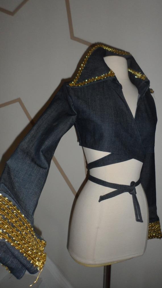 elvis style 1970s  wide collar  jean like jackert
