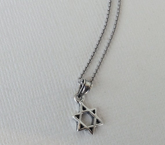 SMALL STERLING SILVER PENDANT SOLID 925 STAR OF DAVID PE000111