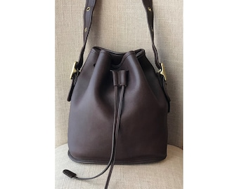716aaf9be59d Vintage COACH Lula s Legacy Bucket Brown Leather Drawstring Cross-body  Handbag 9952