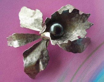 vintage flower brooch pin jewelry costume