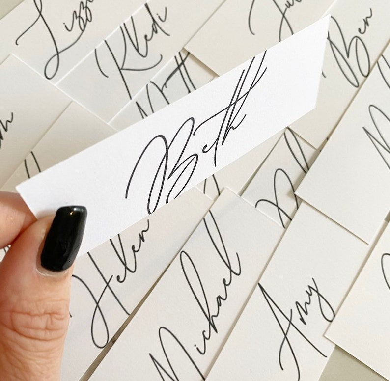 Flat place cards with blank ink per card