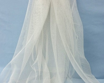 English netting in Ivory