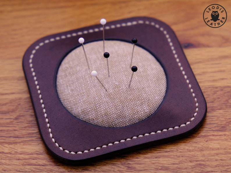 Leather Pincushion brown/natural image 0
