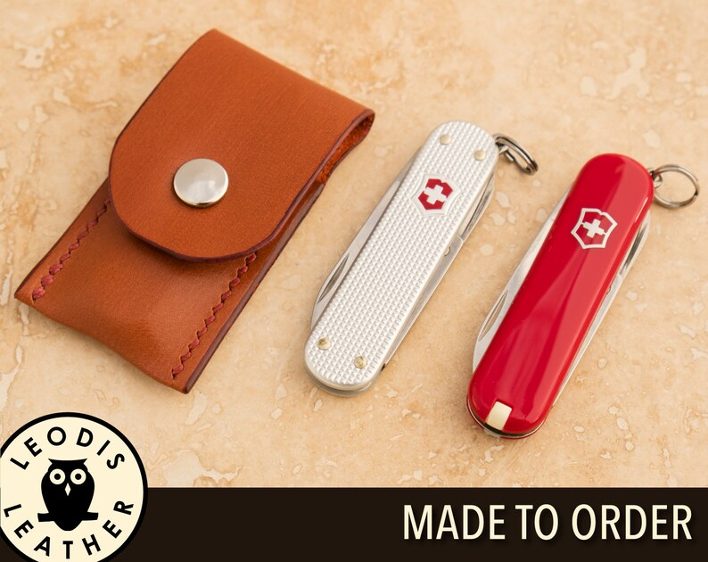 Leather Victorinox Classic Swiss Army Knife and Pouch Gift Set image 0
