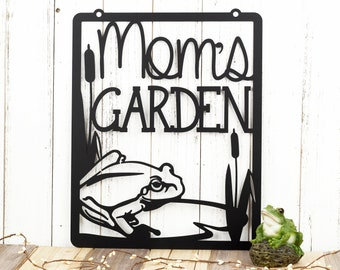 Mom's Garden Metal Sign | Garden Decor | Yard Art | Mothers Day | Metal Decor | Garden Sign | Garden Decoration | Gift for Her | Frog | Sign