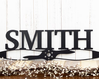 Custom Family Name Sign | Pilot Gift | Metal Wall Decor | Custom Family Sign | Aviation | Airplane | Personalized Sign | Last Name Sign