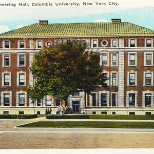 City Investing and Hudson Terminal Buildings in New York City This Card Circa 1920. New York Series Antique Postcard of Singer New York