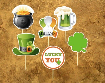 12 Saint Patrick's Day Cupcake Toppers - Irish Cupcake Toppers - Lucky - Food Picks.