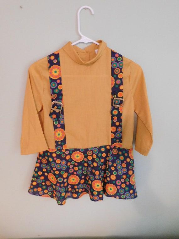 Vintage 70s dress  1970s dress  girls dress  floral dress  mini dress  shift dress  sheath dress  day dress  3786