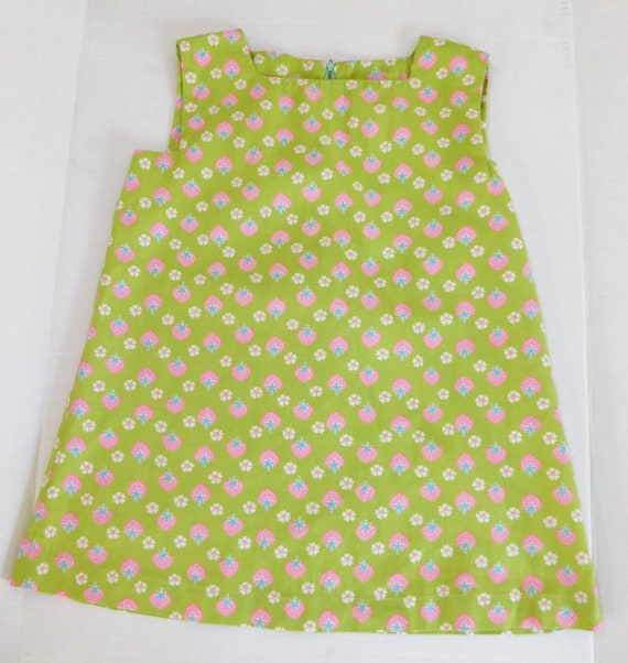 vintage 1970s Girls Dress Cotton Strawberry Design