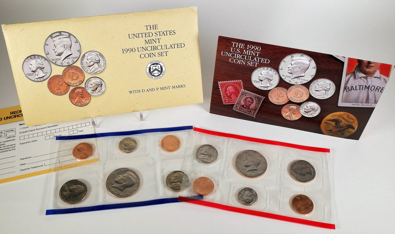 1991  US MINT-P/&D  UNCIRCULATED  COIN SET~~