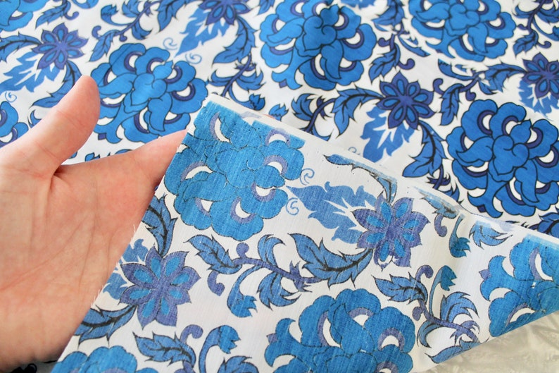 4 Yards Vintage 1960s1970s Floral Fabric Blue and White Cotton Blend with Abstract Floral