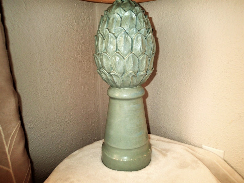 Hollywood Regency Green Artichoke Table Lamp