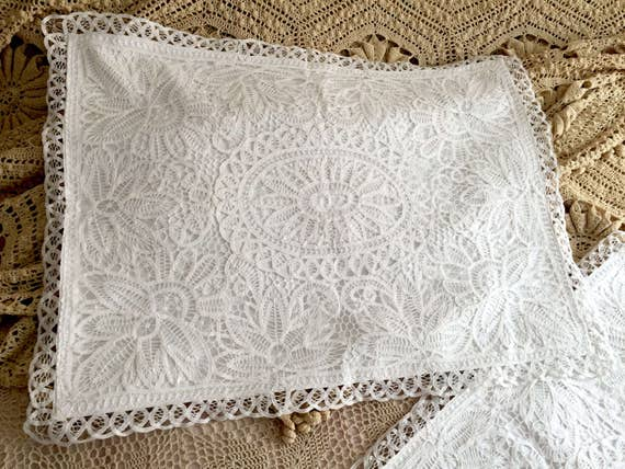 A Pair of Shabby Chic Cotton Handmade Battenburg Lace Pillow Shams, Pillow Slips, QueenStandard Size, Linens, Quilt BC027