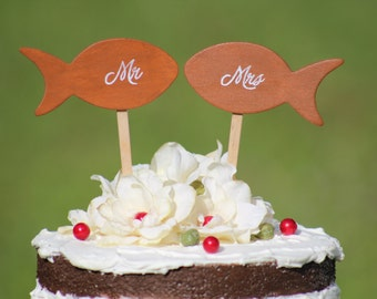 Mr and Mrs Fish Wedding Cake Topper- Beach wedding - Bride and Groom - Rustic Country Chic Wedding