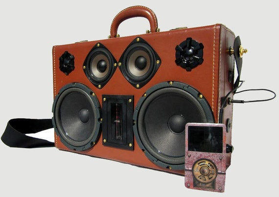 BLUETOOTH Vintage Travel Train Case Boombox MP3 Player AMPTrack by Hi-Fi Luggage Portable Stereo