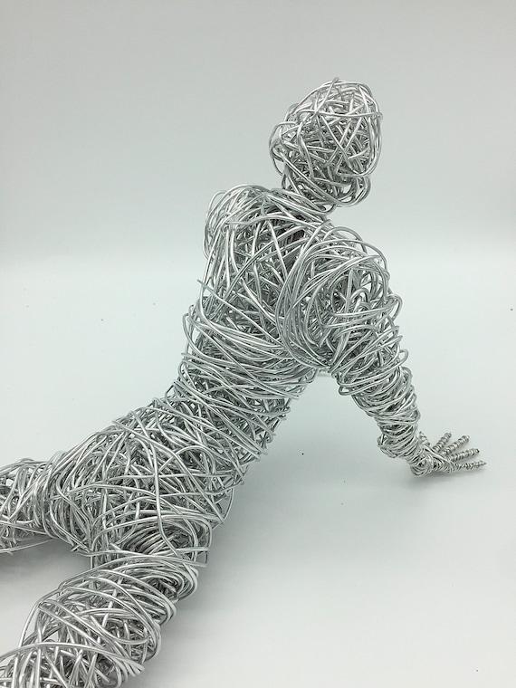 wire stainless steel wire sculpture wire art aluminium Dancer gymnastic sculpture indoors outdoors splits