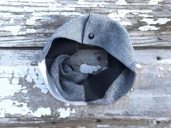 Bébé à carreaux noir pression écharpe flanelle écharpe blanche   Etsy 61ed4f7e79c