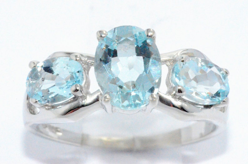 2 Carat Genuine Aquamarine Oval Ring .925 Sterling Silver  White Gold Quality Dainty Gift For Her Jewelry Fashion Trend
