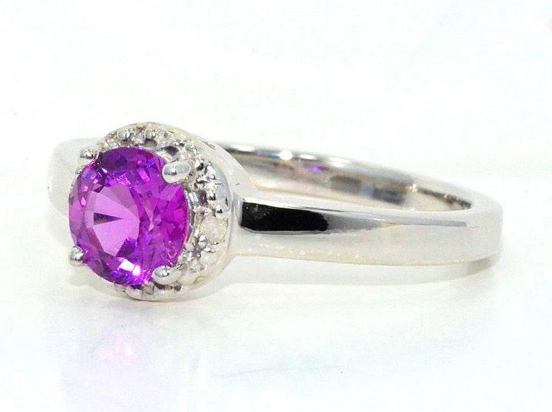 14Kt Gold Pink Sapphire /& Diamond Round Ring