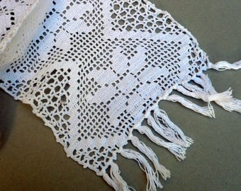 WhiteTable Runners , White Doily Set , Flower Motif Crochet , Home And Living