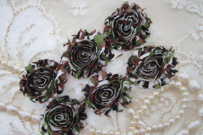 SIX 6 Camo Shabby Flowers 2.5 inch for clips army image 0