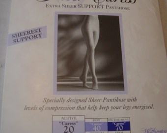 7987d144e7d Vintage Worthington Control Top Panty Hose Size Queen Tall Light Support  Sandalfoot Caress 20 Navy