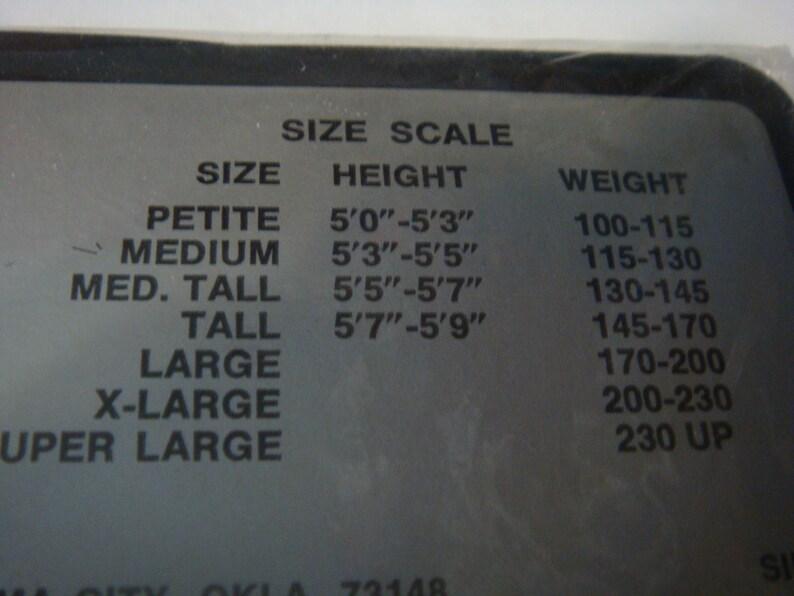 Vintage Ultra Sheer Panty Hose Petite Sandalfoot Style 160 Sheer Image Navy