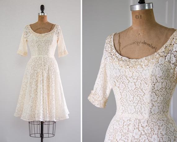 vintage 1950s wedding dress | 50s tea length short wedding gown | vintage ivory lace wedding dress