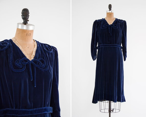 vintage 1920s velvet dress | 1930s day dress | 20s 30s navy blue velvet dress