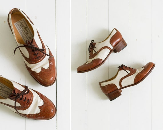 vintage Susan Bennis Warren Edwards wingtip oxfords | 1980s shoes | brown leather oxford heels women