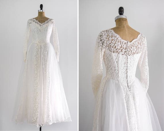 vintage 1950s wedding dress | vintage wedding ballgown with long sleeves | lace tulle wedding dress