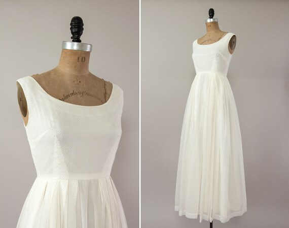 vintage 1960s wedding dress | minimal 60s 70s wedding dress | simple swiss dot wedding dress